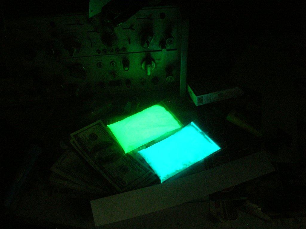 Люминофор TAT 33 - послесвечение. В пакетах.
