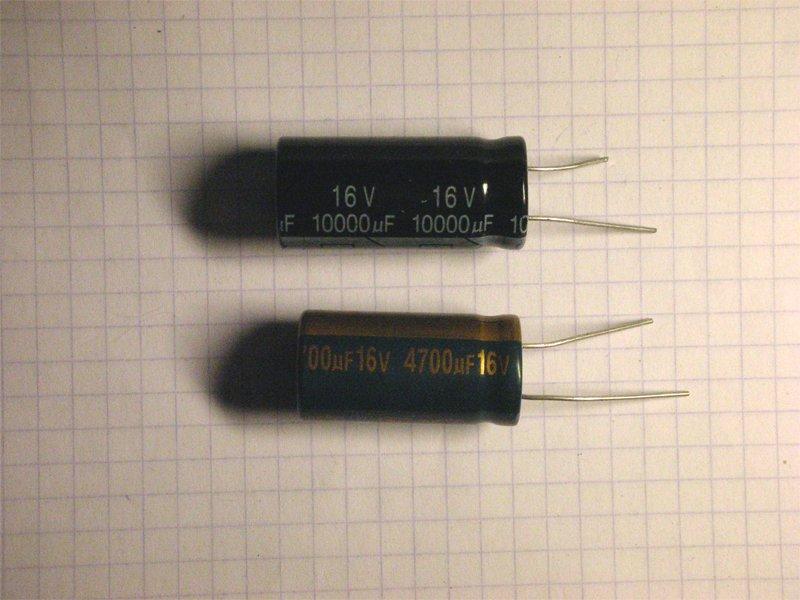 Электролитический конденсатор в с равнении с конденсатором с низким ESR